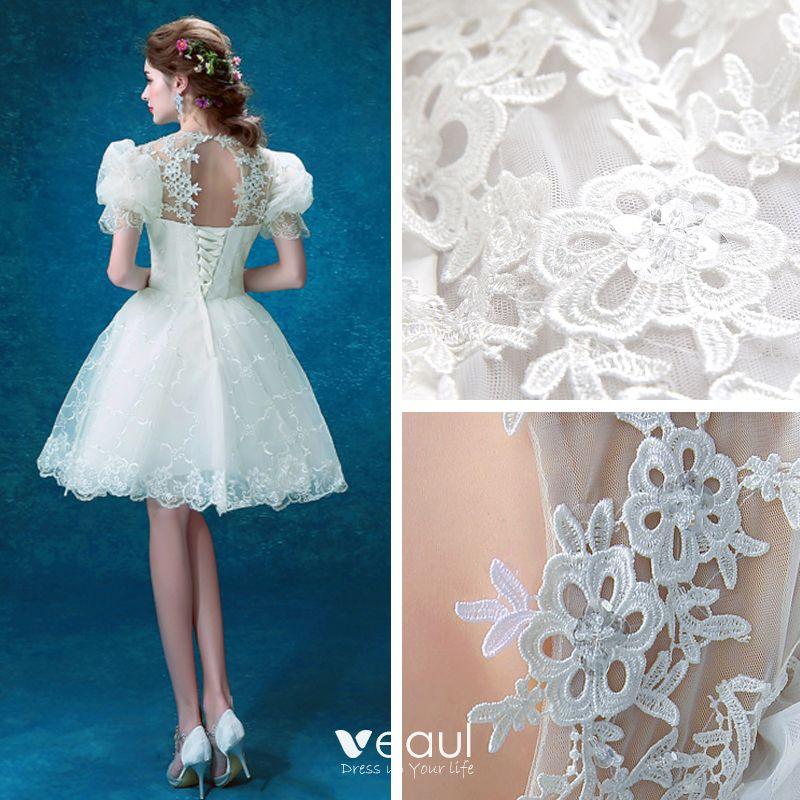 Chic / Beautiful White Wedding 2018 Lace U-Neck A-Line / Princess Beading Appliques Backless Wedding Dresses