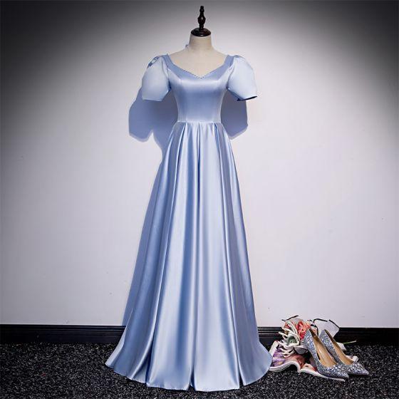 Vintage Himmelblau Satin Tanzen Ballkleider 2020 A Linie V-Ausschnitt Geschwollenes Kurze Ärmel Perlenstickerei Pailletten Lange Rüschen Rückenfreies Festliche Kleider