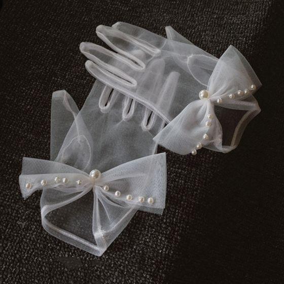 Classic Elegant White Bridal Gloves 2020 Tulle Handmade  Beading Pearl Wedding Accessories