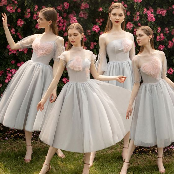 Moda Gris Transparentes Vestidos De Damas De Honor 2019 A-Line / Princess Forma De Corazón Tul Té De Longitud Ruffle Vestidos para bodas