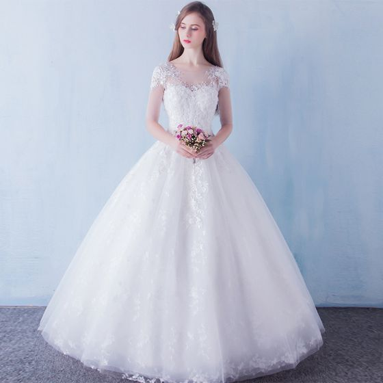 Chic / Beautiful Church Wedding Dresses 2017 White Ball Gown Floor-Length / Long Lace Appliques Flower Pearl Sequins V-Neck Backless 1/2 Sleeves