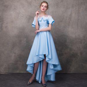 Haute Basse Bleu Transparentes Robe De Cocktail 2018 Princesse Encolure Dégagée Manches Courtes Appliques Fleur Perlage Asymétrique Volants Dos Nu Robe De Ceremonie