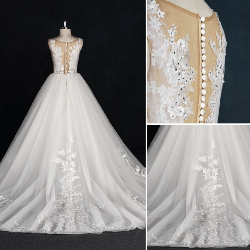 Chic / Beautiful White Ball Gown Wedding Dresses 2017 Scoop Neck Sleeveless Beading Rhinestone Covered Button Appliques Lace Flower Ruffle Tulle Sash Chapel Train