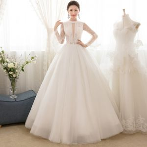 Affordable Ivory See-through Wedding Dresses 2018 Ball Gown Scoop Neck Bell sleeves Appliques Lace Beading Floor-Length / Long Ruffle