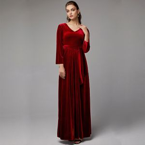 Luxury / Gorgeous Burgundy Mother Of The Bride Dresses 2020 Floor-Length / Long A-Line / Princess Long Sleeve V-Neck Backless Wedding Evening Party Wedding Party Dresses