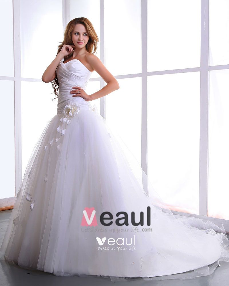 Satin Yarn Flowers Court Bridal Ball Gown Wedding Dress