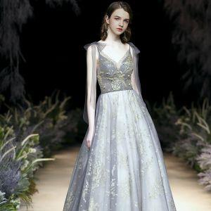Charmant Gris Glitter Robe De Soirée 2020 Princesse V-Cou Paillettes Faux Diamant Sans Manches Dos Nu Train De Balayage Robe De Ceremonie