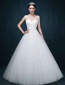 2015 A-line Shoulders Sweetheart Exquisite Beading Sash Wedding Dress