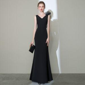 Elegante Einfarbig Schwarz Abendkleider 2020 Meerjungfrau V-Ausschnitt Ärmellos Rückenfreies Lange Festliche Kleider