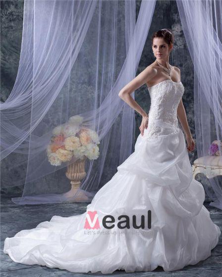 Organza Satin Applikationer Volanger Beading Domstol A-line Brudklänningar Bröllopsklänningar