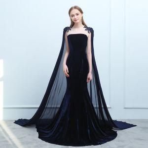 Mode Marineblau Abendkleider 2019 Meerjungfrau Wildleder Perlenstickerei Pailletten Rundhalsausschnitt Ärmellos Watteau-falte Festliche Kleider