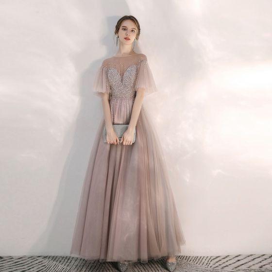 Eleganta Pärla Rosa Genomskinliga Aftonklänningar 2020 Prinsessa Fyrkantig Ringning Korta ärm Bell ärmar Beading Långa Ruffle Halterneck Formella Klänningar