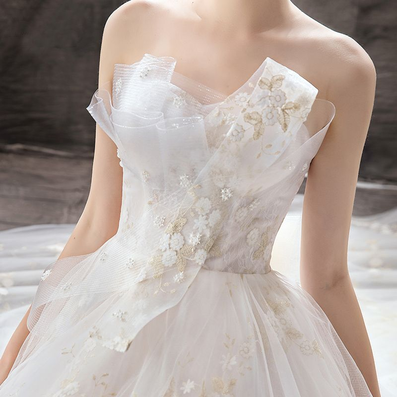 Chic / Beautiful Champagne Wedding Dresses 2019 A-Line / Princess Strapless Pearl Lace Flower Backless Bow Sleeveless Court Train