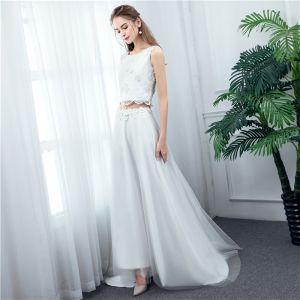 2 Piece Ivory Beach Wedding Dresses 2020 A-Line / Princess Scoop Neck Sleeveless Appliques Lace Flower Sweep Train
