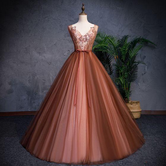 Mode Brun Gallakjoler 2019 Prinsesse V-Hals Ærmeløs Applikationsbroderi Med Blonder Perle Beading Bælte Lange Flæse Halterneck Kjoler