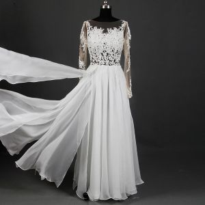 Classic Elegant Ivory Floor-Length / Long Wedding 2018 A-Line / Princess U-Neck Tulle Lace-up Appliques Backless Pierced See-through Wedding Dresses
