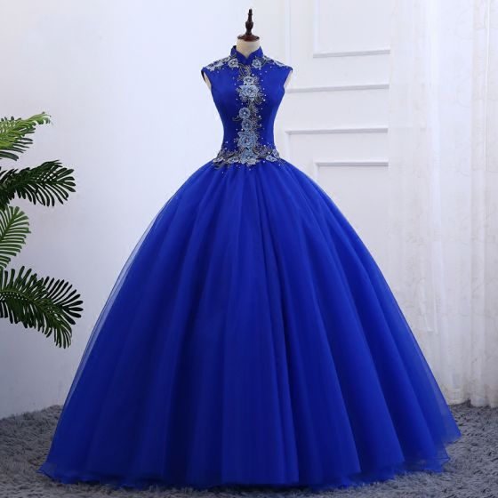 Chinese style Royal Blue Prom Dresses 2019 Ball Gown High Neck Sleeveless Appliques Embroidered Pearl Floor-Length / Long Ruffle Formal Dresses