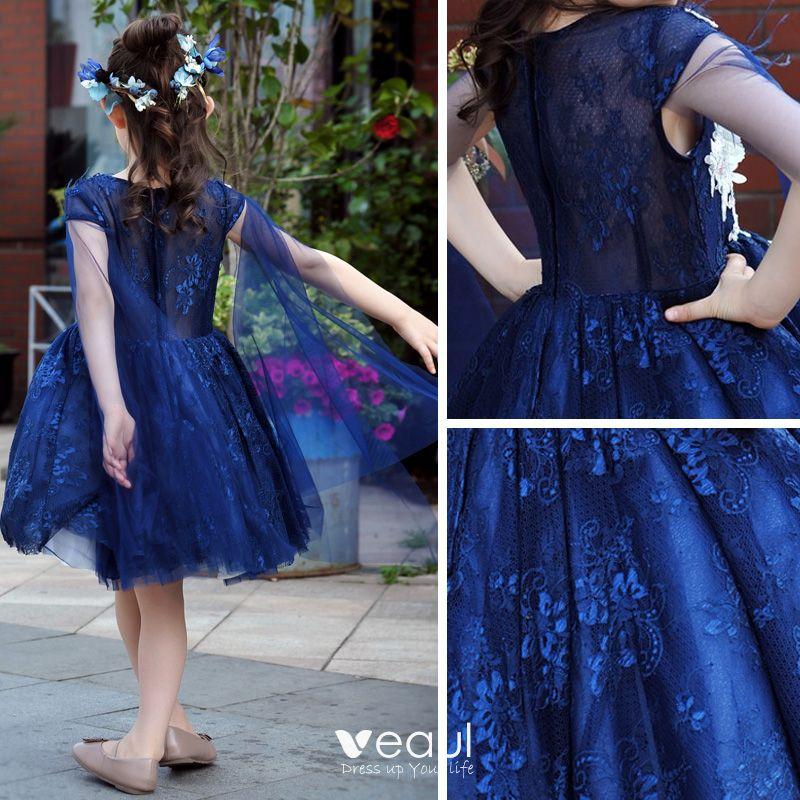 Chic / Beautiful Church Wedding Party Dresses 2017 Flower Girl Dresses Royal Blue Ball Gown Knee-Length Scoop Neck Sleeveless Pearl Lace Appliques