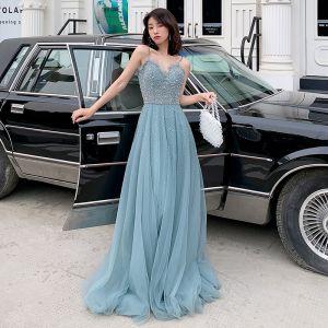 Eleganckie Ciemnoniebieski Sukienki Wieczorowe 2019 Princessa Spaghetti Pasy Bez Rękawów Frezowanie Długie Wzburzyć Bez Pleców Sukienki Wizytowe