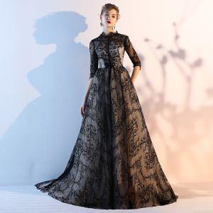 Simple Noire Dentelle Robe De Soirée 2018 Princesse Encolure Dégagée 1/2 Manches Chapel Train Volants Percé Robe De Ceremonie