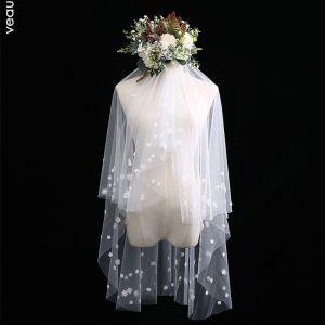 Romantisch Schön Ivory / Creme Kurze Brautschleier Blumen Spitze Chiffon Hochzeit Brautaccessoires 2019