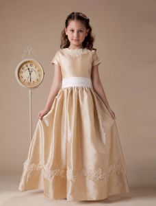 Short Sleeves Appliques Sash Taffeta Flower Girl Dress
