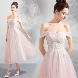 Discount Pearl Pink Homecoming Graduation Dresses 2018 A-Line / Princess Off-The-Shoulder Short Sleeve Appliques Lace Beading Tea-length Ruffle Backless Formal Dresses