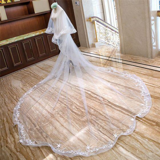 Romantisch Witte Royal Train Huwelijk Tule Ster Appliques Bruidssluier 2018