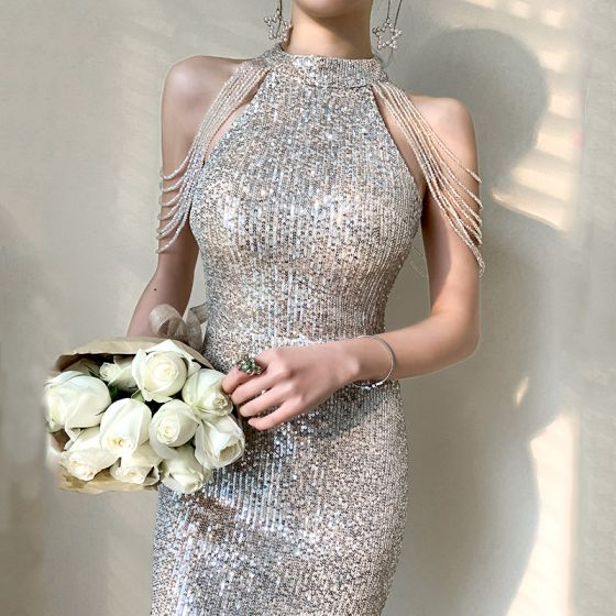 Glitzernden Silber Abendkleider 2020 Meerjungfrau Rundhalsausschnitt Ärmellos Pailletten Perlenstickerei Sweep / Pinsel Zug Rüschen Festliche Kleider