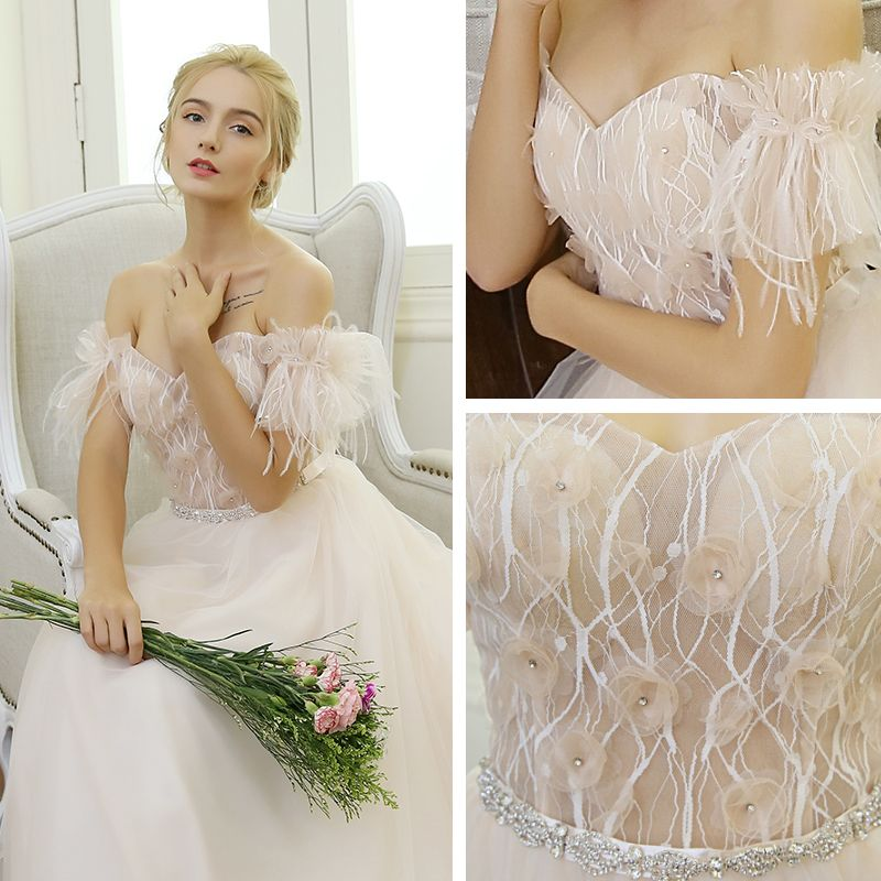 Elegant Beach Wedding Dresses 2017 Champagne A-Line / Princess Sweep Train Short Sleeve Tassel Off-The-Shoulder Backless Lace Appliques Flower Pearl Rhinestone Sash