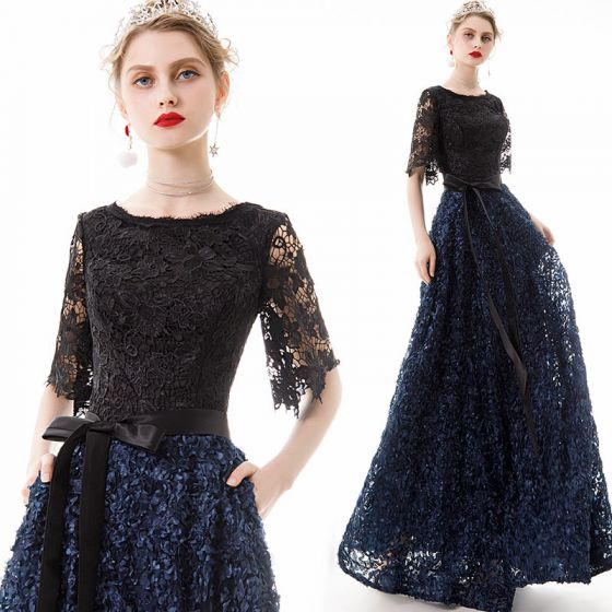 Affordable Navy Blue Lace Evening Dresses  2020 A-Line / Princess Scoop Neck 1/2 Sleeves Appliques Flower Sash Floor-Length / Long Ruffle Formal Dresses