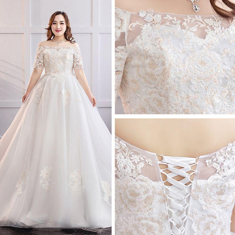 Classic Elegant White Plus Size Wedding Dresses 2019 A-Line / Princess Lace Tulle Appliques Backless Strapless Chapel Train Wedding
