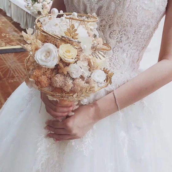 Fantastisk Lyx Champagne Brudbukett 2020 Handgjort Blomma Pärla Rhinestone Bröllop Bal Afton Tillbehör