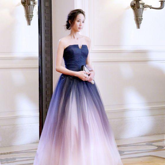 Hermoso Degradado De Color Vestidos de noche 2018 A-Line / Princess Con Encaje Flor Sin Tirantes Sin Espalda Sin Mangas Largos Vestidos Formales