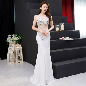 Sexy Ivory See-through Evening Dresses  2019 Trumpet / Mermaid Scoop Neck Sleeveless Rhinestone Sequins Sweep Train Ruffle Formal Dresses