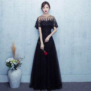 Chic / Beautiful Prom Dresses 2017 Black Floor-Length / Long A-Line / Princess Scoop Neck Short Sleeve Backless Lace Appliques Formal Dresses