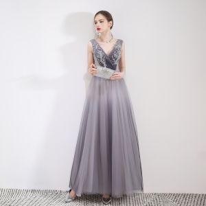Elegant Grey Evening Dresses  2019 A-Line / Princess V-Neck Crystal Lace Flower Sleeveless Backless Floor-Length / Long Formal Dresses