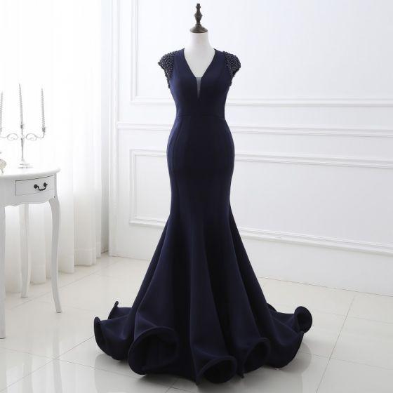 Chic / Beautiful Navy Blue Evening Dresses  2018 Trumpet / Mermaid Beading V-Neck Backless Sleeveless Court Train Formal Dresses