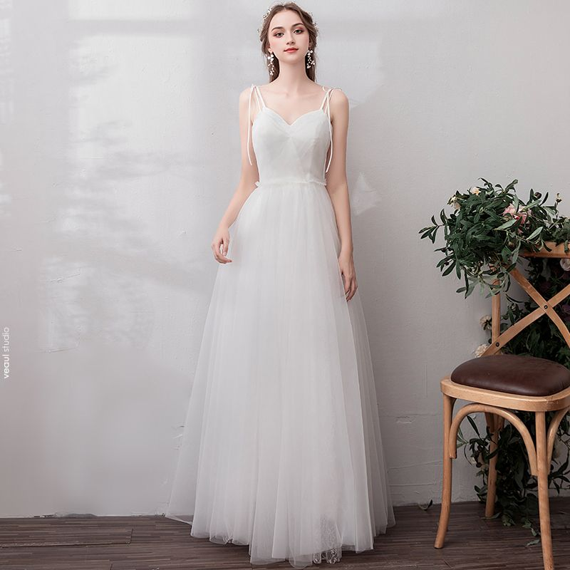 Modest / Simple Ivory Wedding Dresses 2019 A-Line / Princess Bow Spaghetti Straps Sleeveless Backless Floor-Length / Long