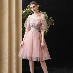 Chic / Beautiful Pearl Pink Homecoming Graduation Dresses 2020 A-Line / Princess Off-The-Shoulder Puffy Short Sleeve Beading Sequins Short Ruffle Backless Formal Dresses