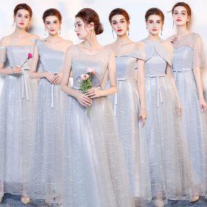 Niedrogie Srebrny Sukienki Dla Druhen 2019 Princessa Kokarda Szarfa Długie Wzburzyć Bez Pleców Sukienki Na Wesele