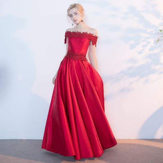 Chic / Beautiful Red Evening Dresses  2017 A-Line / Princess Appliques Lace Flower Beading Backless Off-The-Shoulder Crossed Straps Sleeveless Floor-Length / Long Evening Party