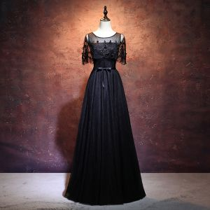 Chic / Beautiful Black Prom Dresses 2017 A-Line / Princess Scoop Neck Short Sleeve Appliques Lace Sash Floor-Length / Long Backless Formal Dresses