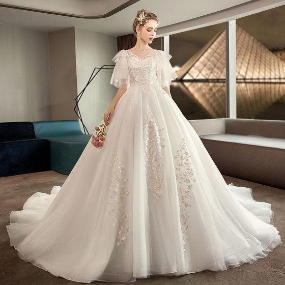 Chic / Beautiful Plus Size Ivory Pregnant Wedding Dresses 2019 V-Neck Short Sleeve Backless Appliques Lace Ruffle Chapel Train