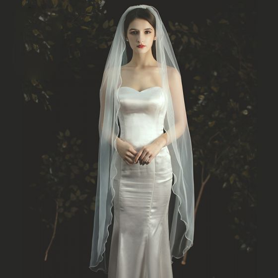 Eenvoudige Ivoor Bruidssluier 2020 Tea-length Tule Huwelijk