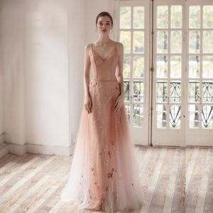 Fabulous Champagne Gradient-Color Evening Dresses  2019 A-Line / Princess Spaghetti Straps Deep V-Neck Sleeveless Glitter Tulle Beading Floor-Length / Long Ruffle Backless Formal Dresses