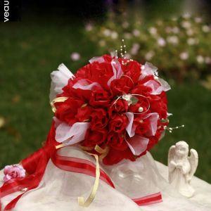 Fleurs Artificielles Bouquet De Mariée Tenant Des Fleurs Rose Fleurs De Mariage
