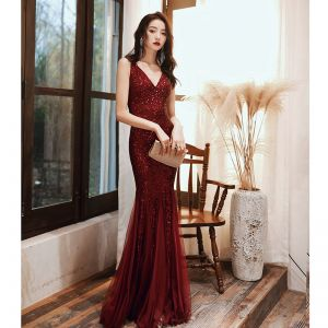 Sparkly Burgundy Evening Dresses  2020 Trumpet / Mermaid V-Neck Sequins Sleeveless Backless Floor-Length / Long Formal Dresses