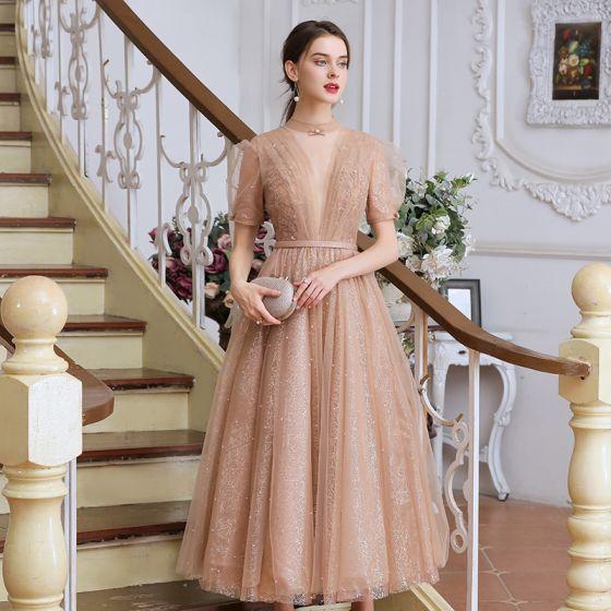 Style Victorien Champagne Dansant Robe De Bal 2020 Princesse Transparentes Col Haut Gonflée Manches Courtes Perlage Perle Ceinture Thé Longueur Volants Dos Nu