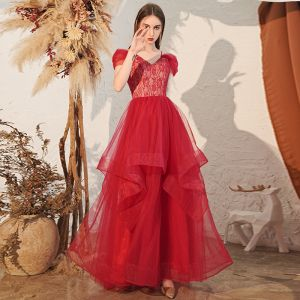 Charming Burgundy Evening Dresses  2020 A-Line / Princess Off-The-Shoulder Lace Short Sleeve Backless Cascading Ruffles Floor-Length / Long Formal Dresses
